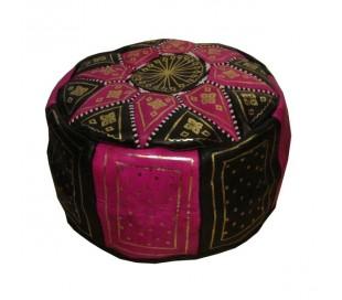 Pouf Marocain cuir traditionnel noir et rose